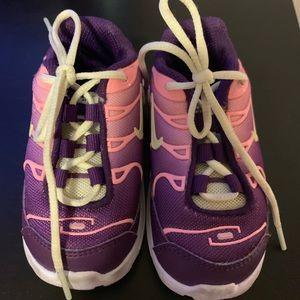 Nike air max- size 4